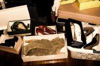 buty w garderobie